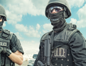 el-cajon-police-outfit-swat-copblock